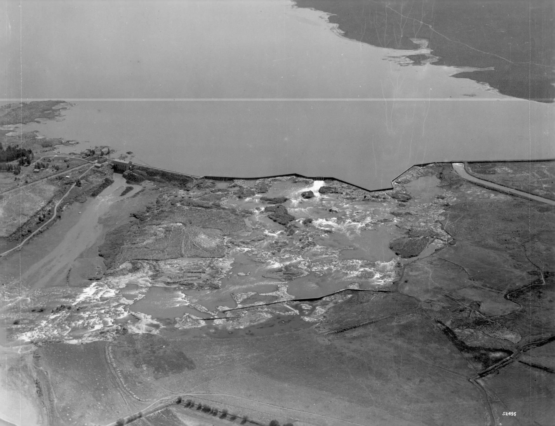 item thumbnail for Minidoka Dam and Reservoir near Rupert