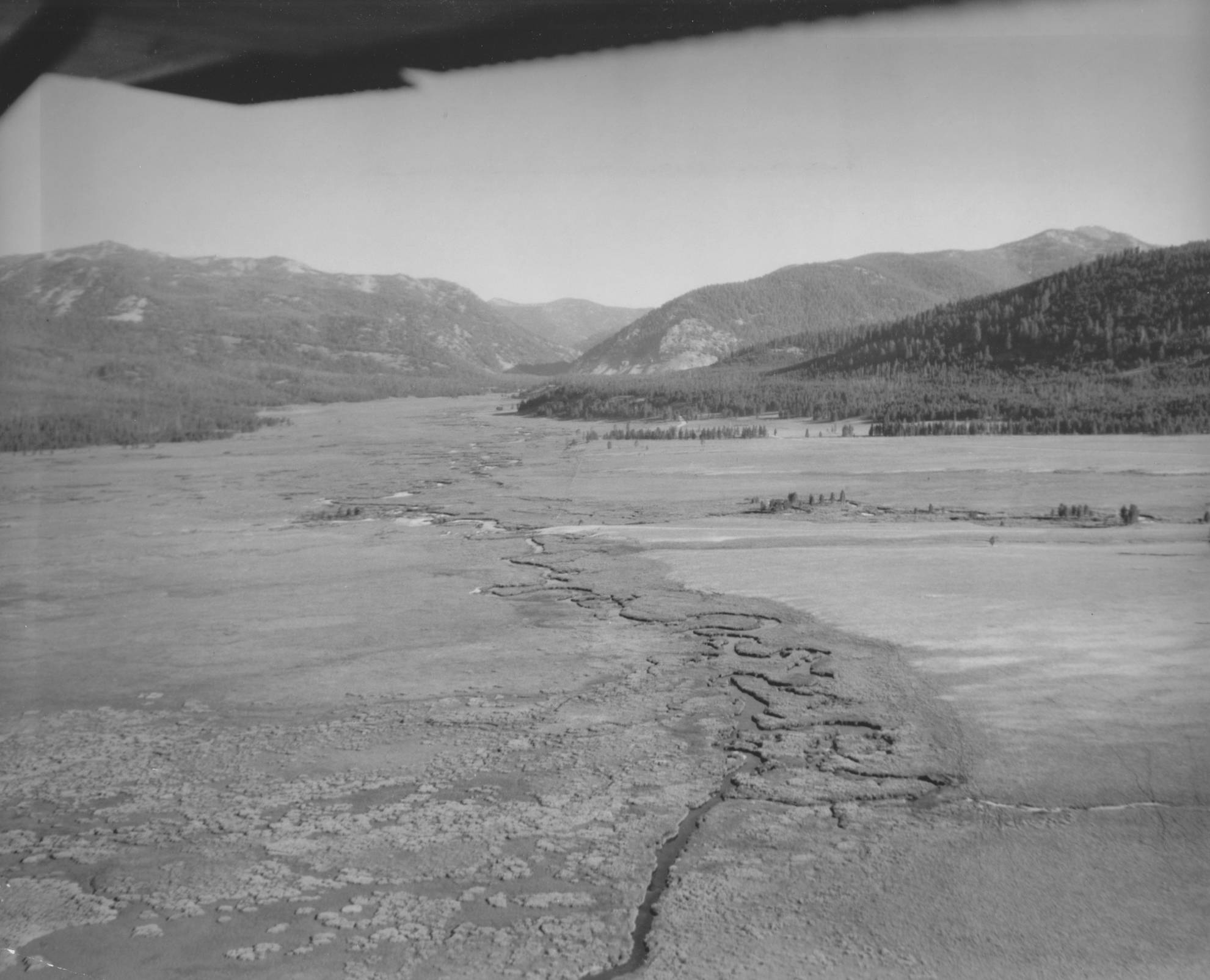 item thumbnail for Aerial images of Bear Valley and March Creek 11