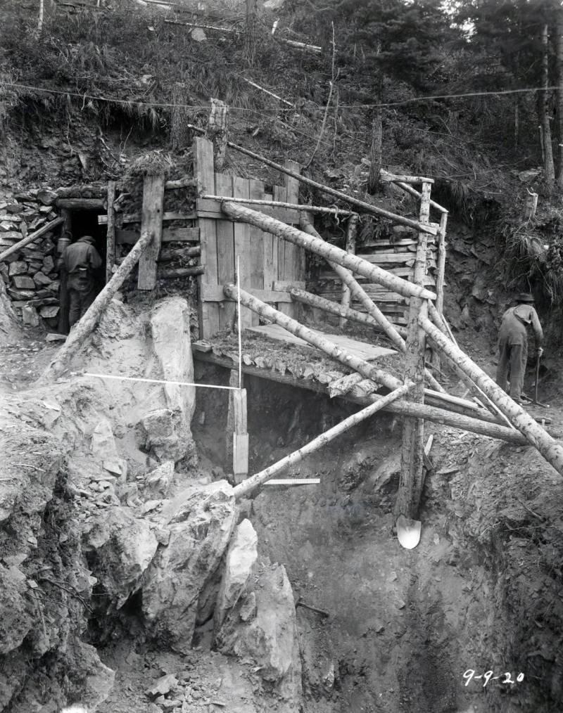 item thumbnail for Hecla Mine, Burke (Idaho) 1920 [09]