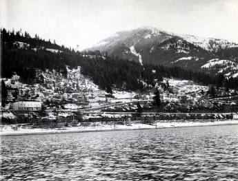 item thumbnail for Hope, Idaho looking east southeast from Lake Pend Oreille.