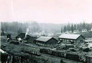 item thumbnail for Potlatch shops. Residence circle in background. Headquarters, Idaho.