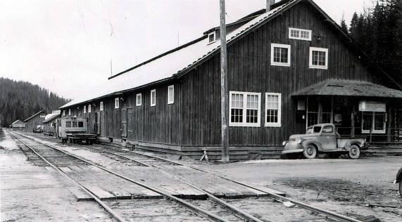 item thumbnail for Warehouse. Headquarters, Idaho.