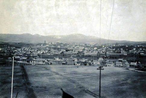item thumbnail for Panoramic view of Moscow, Idaho taken from old Administration Building.