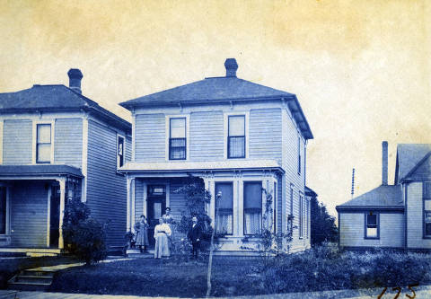 item thumbnail for Unidentified houses. Moscow, Idaho.