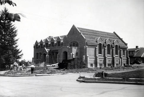 item thumbnail for LDS Institute under construction. Corner of Deakin and University Avenue. Moscow, Idaho.