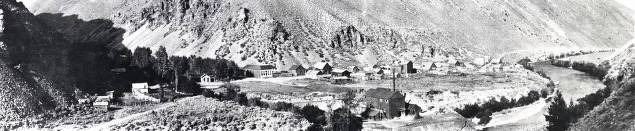 item thumbnail for Panoramic view of Clayton, Idaho.
