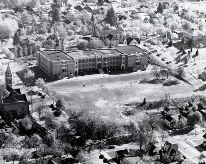 item thumbnail for Aerial view of Moscow High School. Moscow, Idaho.