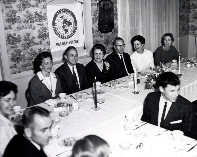 item thumbnail for Altrusa Club of Pullman-Moscow. University of Idaho President Ernest W. Hartung and wife pictured.