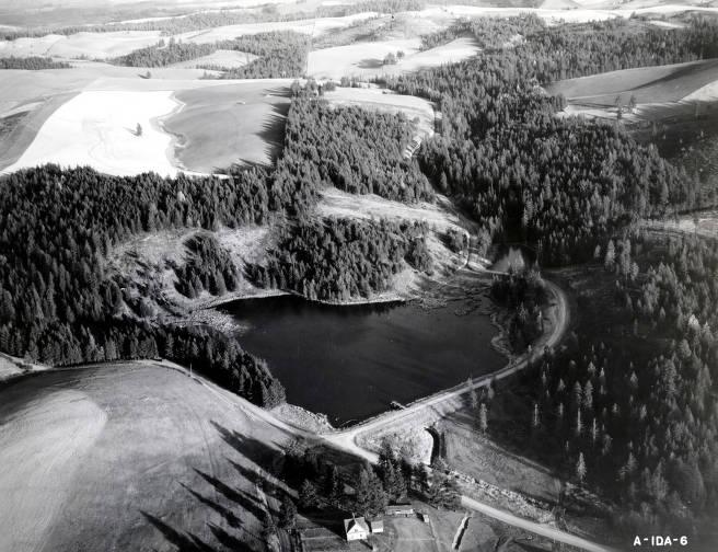 item thumbnail for Aerial view of Robinson Lake. Moscow, Idaho.