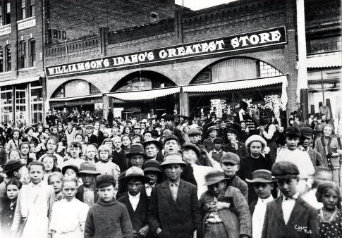 item thumbnail for Large group of children standing in front of Williamson's Store. Moscow, Idaho.