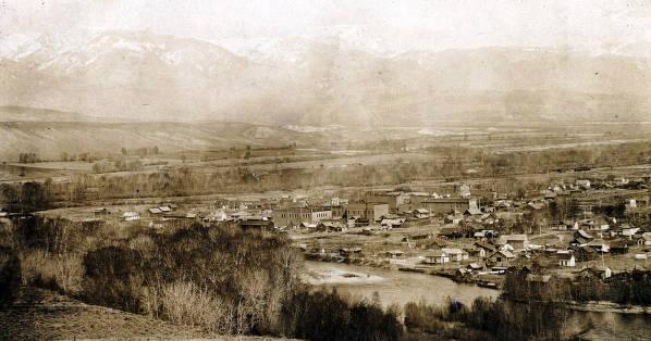 item thumbnail for Panoramic view of Salmon, Idaho.