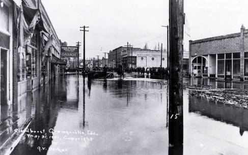 item thumbnail for Scene after flood caused by cloudburst. Grangeville, Idaho.