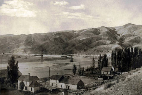 item thumbnail for Junction of Snake River and Clearwater River at Lewiston, Idaho.