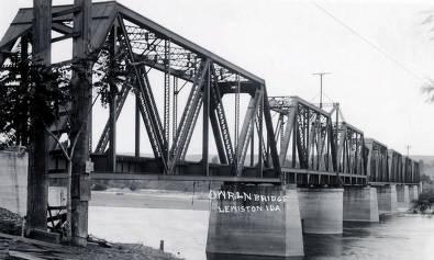 item thumbnail for O.W.R. & N. Bridge. Lewiston, Idaho.