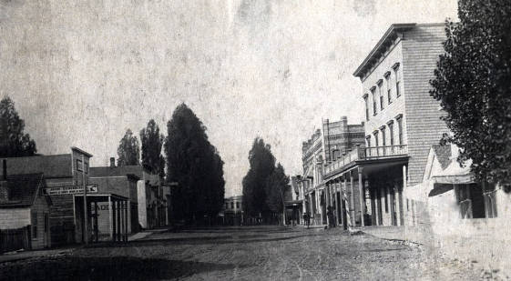 item thumbnail for Main Street looking west. Raymond House in foreground to the right. Lewiston, Idaho.