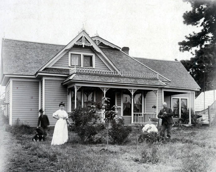 item thumbnail for R.D. Rogers home on homestead on Central Ridge. Peck, Idaho.