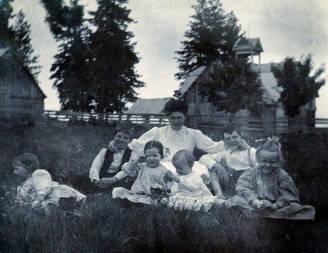 item thumbnail for R.D. Rogers homestead on Central Ridge. Peck, Idaho.
