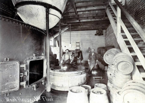 item thumbnail for Wash house on 1st floor. C. Weisgerber Brewery. Lewiston, Idaho.