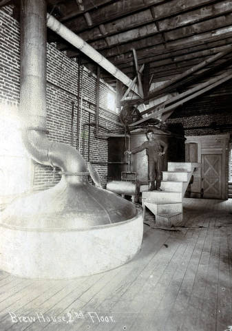 item thumbnail for Brew house on 1st floor. C. Weisgerber Brewery. Lewiston, Idaho.