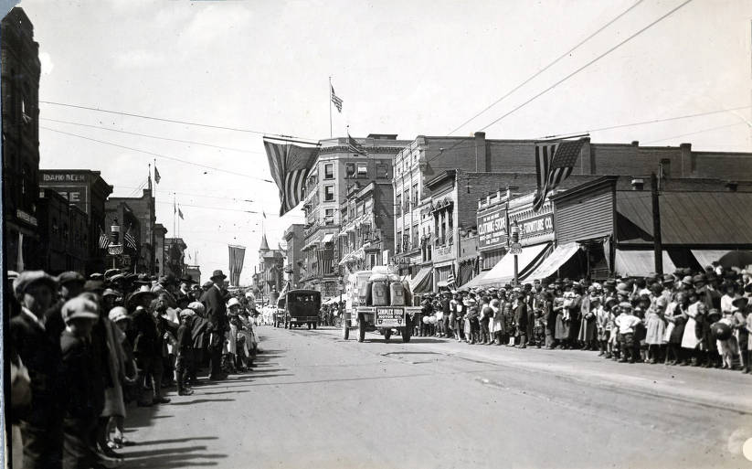 item thumbnail for Parade. Boise, Idaho.