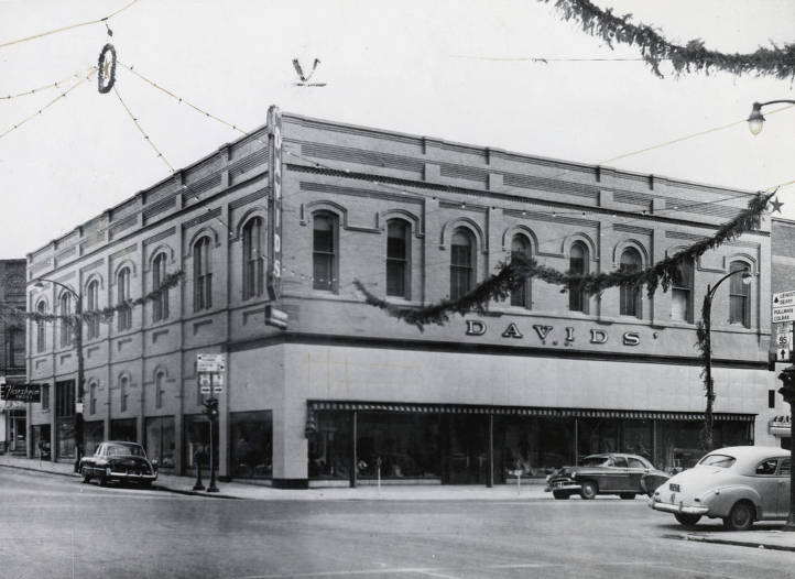 item thumbnail for David's Department Store, 3rd and Main Street. Moscow, Idaho.