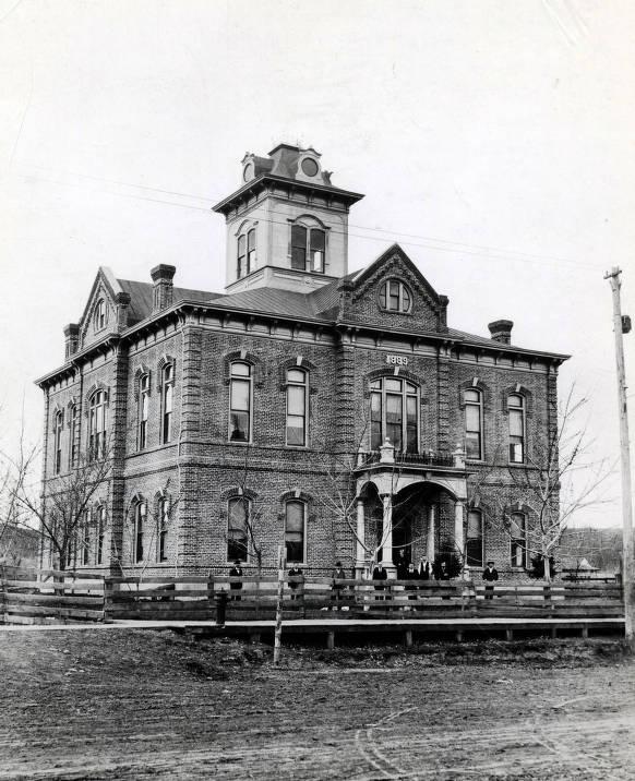 item thumbnail for Lewiston City Hall (1889- ). Lewiston, Idaho.