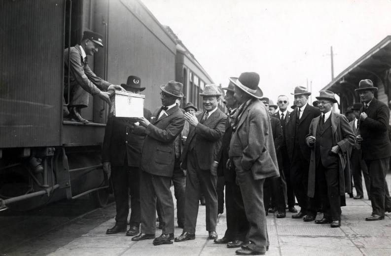 item thumbnail for Mayor Eugene B. Sherman receiving box containing celluloid version of history of U.P. Celebration of coming of Union Pacific main line to Boise. Boise, Idaho.