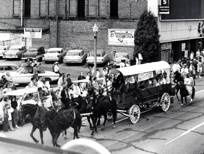 item thumbnail for Copy print of Independent Club float. Centennial Parade. Boise, Idaho.