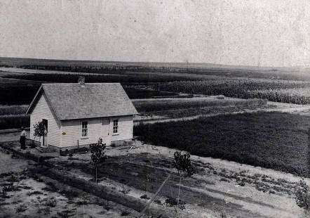 item thumbnail for Panoramic view of Cooperative Experiment Station. Gooding, Idaho.