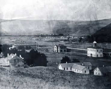item thumbnail for Distant view of Fort Lapwai Indian Sanitarium. Idaho.
