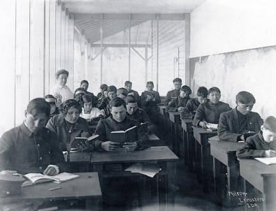 item thumbnail for Students in the classroom. Fort Lapwai Indian Sanitarium. Idaho.