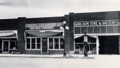 item thumbnail for Idaho Creamery Co. and Garlson Tire & Battery Co. Rupert, Idaho.
