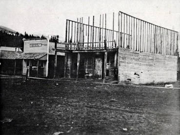 item thumbnail for Ruins of Masonic Temple and Patton's Saloon. Mount Idaho. Idaho.