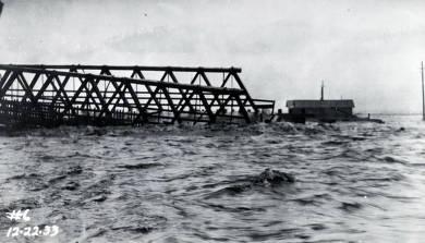item thumbnail for U.S. Highway Bridge No. 10 carried a mile downstream in flood. Kellogg, Idaho.