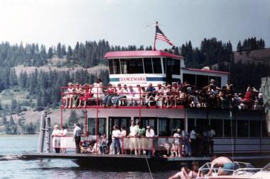 item thumbnail for Harrison Old Time Picnic cruise on the Dancewana. Harrison, Idaho.