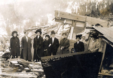 item thumbnail for Paul Edwards home demolished by snowslide. Mace, Idaho.