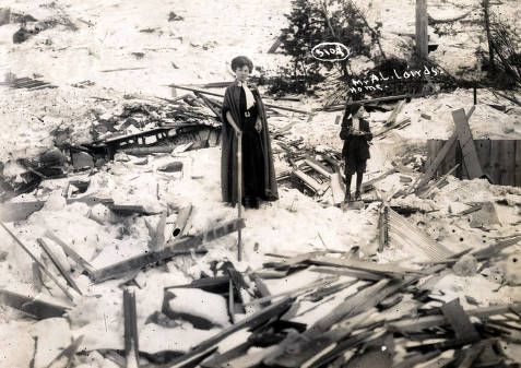 item thumbnail for A.L. Laird home demolished by snowslide. Mace, Idaho.