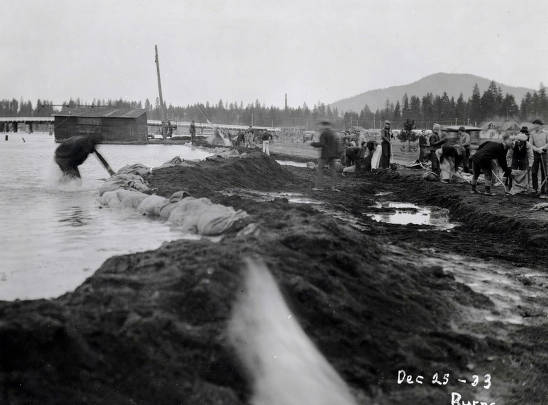 item thumbnail for View of flood from east bank of Spokane River looking north. Coeur d'Alene, Idaho.