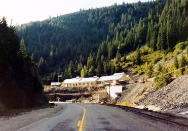 item thumbnail for Operating mine in Burke Canyon. Idaho.