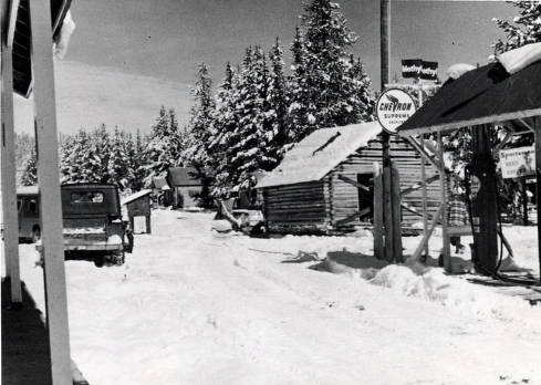 item thumbnail for Service station, cabin and portion of other buildings. Dixie, Idaho.