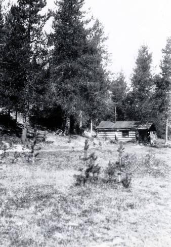 item thumbnail for Lee Hida cabin. Dixie, Idaho.