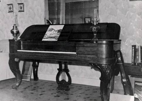 item thumbnail for Dixie piano. Dixie, Idaho.