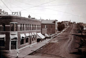item thumbnail for 2nd Street looking east from Main Street. Moscow, Idaho.