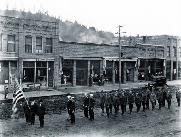 item thumbnail for Armistice Day Parade. Troy, Idaho.