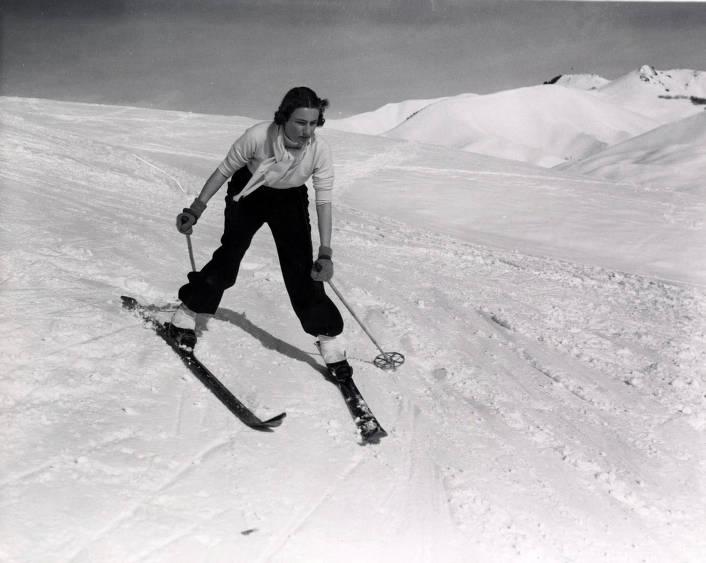 item thumbnail for Guest skiing on Dollar Mountain. Sun Valley, Idaho.