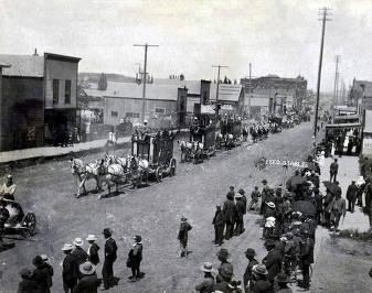 item thumbnail for Ringling Brothers Circus parade on Main Street. Moscow, Idaho.
