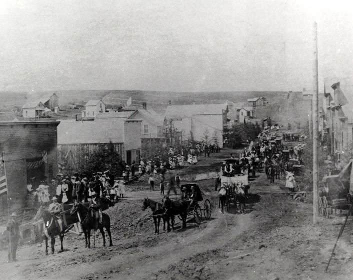 item thumbnail for 4th of July parade looking west on Main Street. Mohler, Idaho.