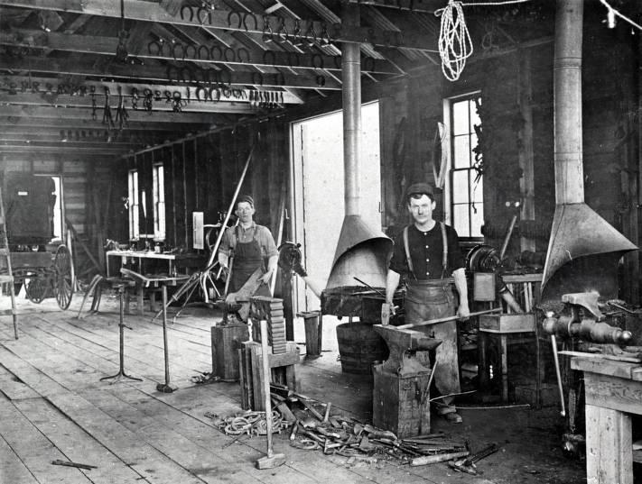 item thumbnail for Mohler Blacksmith Shop. Mohler, Idaho.