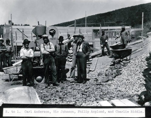 item thumbnail for R-L: Carl Anderson, Vic Johnson, Philip Asplund, and Charlie Riddle at Troy Reservoir. Troy, Idaho.