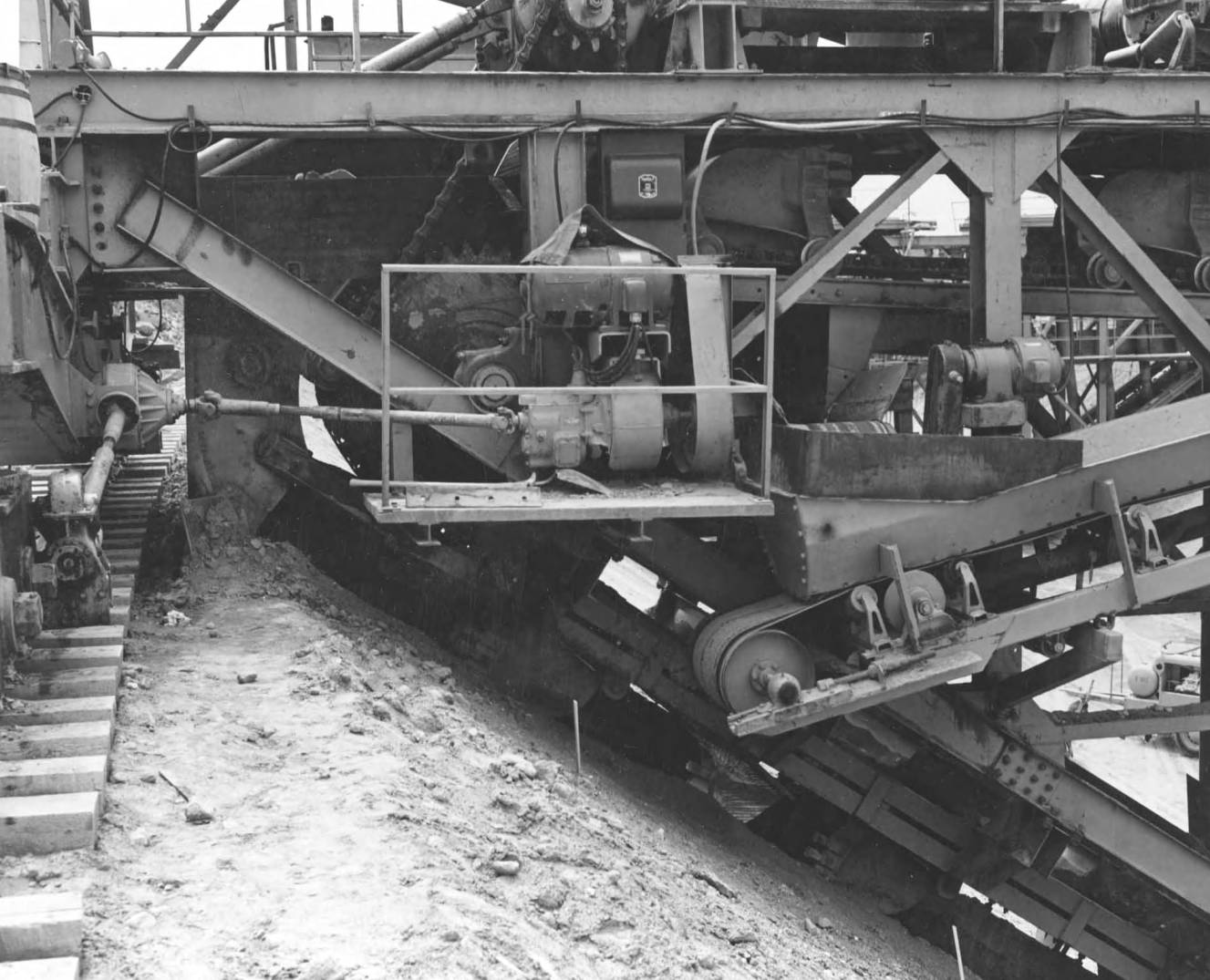 item thumbnail for Close-Up Of Drive Mechanism (Canal lining and construction)